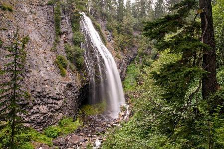Waterfalls JA13419